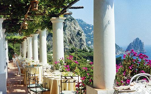 Celebrity Favourites – Capri
